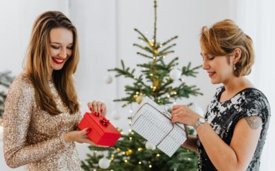 How to Share Christmas Lists with Family & Friends